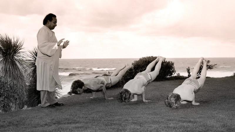 4-yoganandas-yoga-class