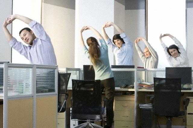 workout-at-work-yoga4