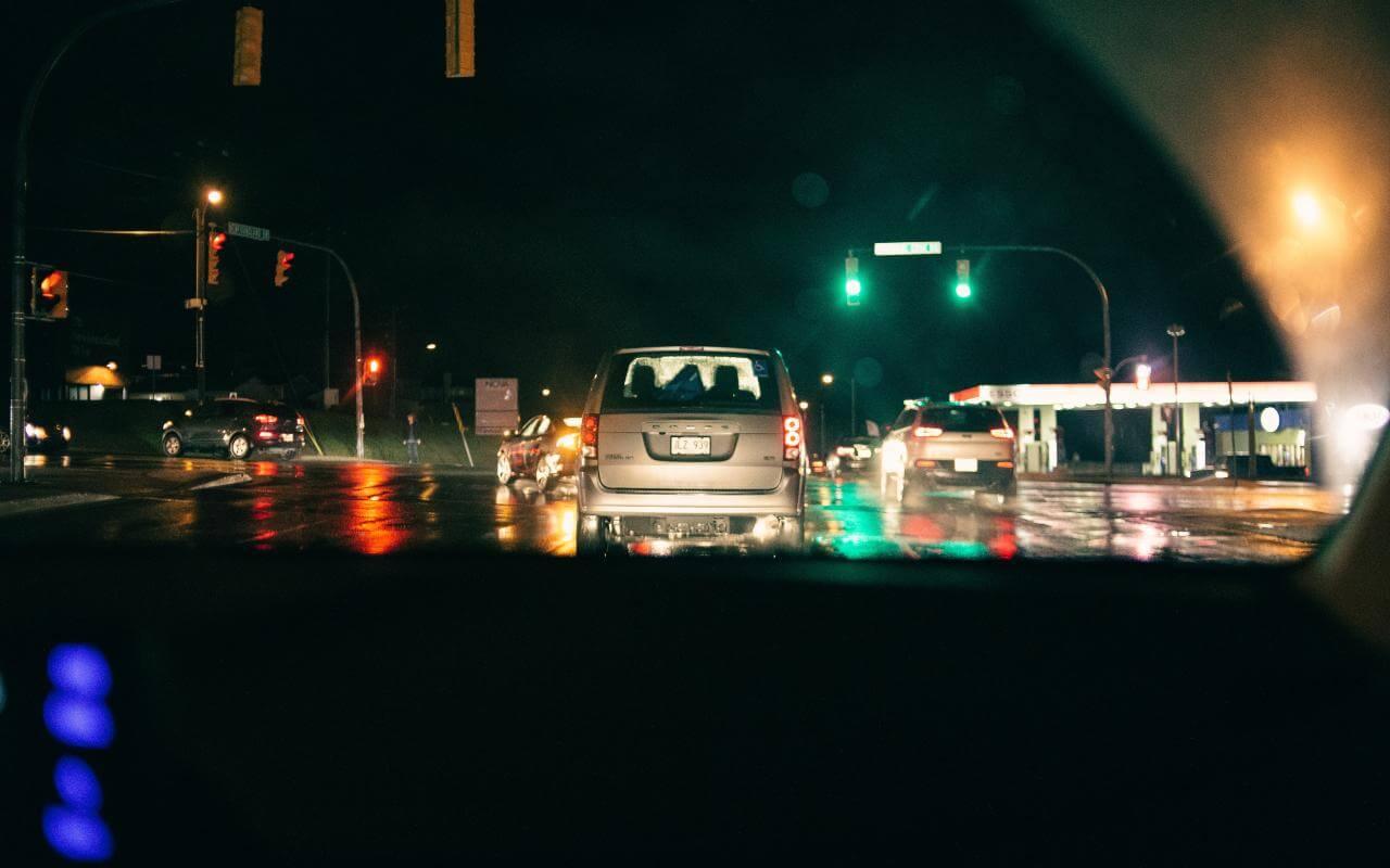 prikaz saobraćaja na ulici